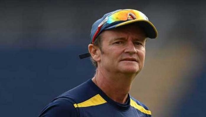 Sri Lanka coach Grant Flower goes into isolaton after testing positive for COVID-19